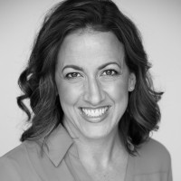 Black and white photo of consultant Deanna Scortino