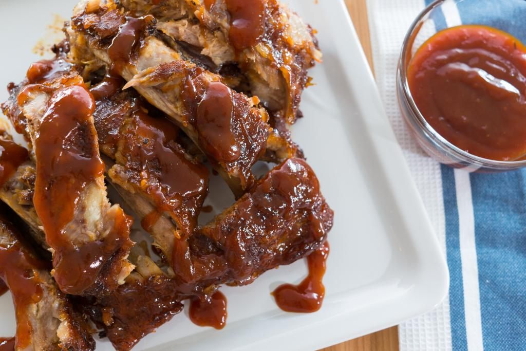 Easy Oven Baby Back Barbecued Ribs