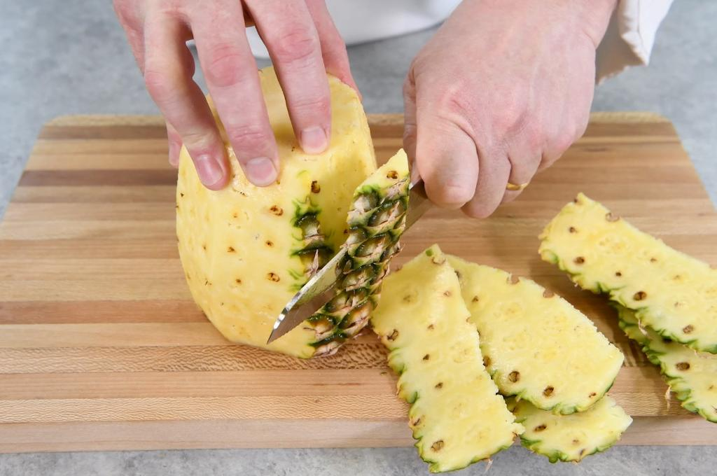How to Cut a Fresh Pineapple