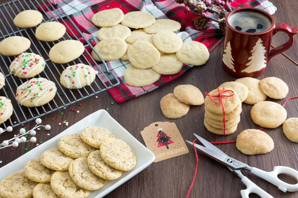 Saturdays With Barb: Four-in-One Sugar Cookies