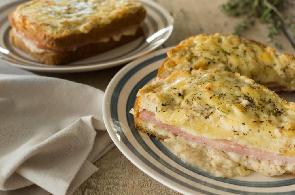 Croque-Monsieur: Sandwich Supreme
