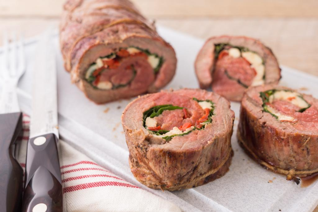 spinach and blue cheese stuffed flank steak