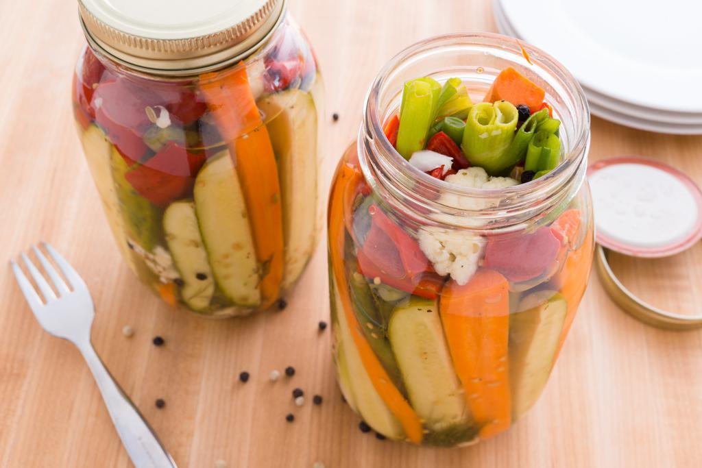 Refrigerator Pickled Vegetables