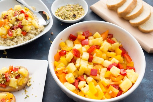 Spicy Fresh Pineapple and Pepper Salad
