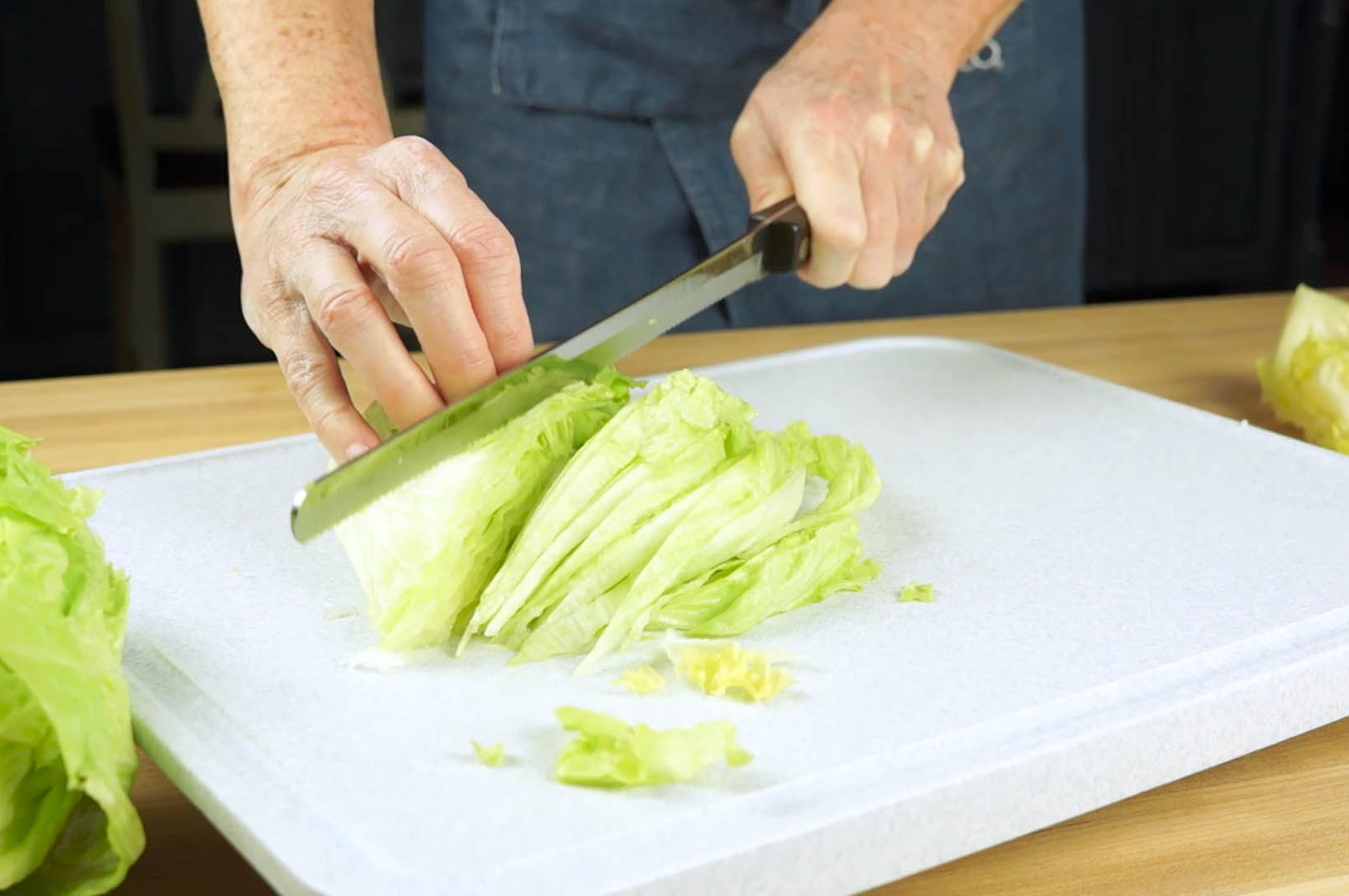 How to Shred Lettuce