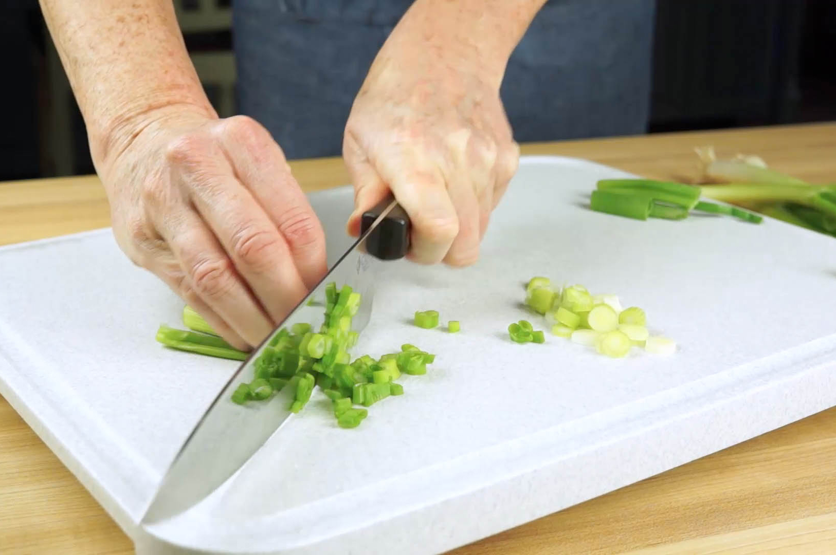 How to Slice Green Onion