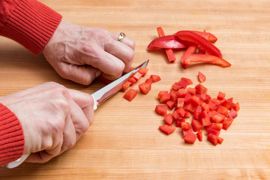 Infographic: How to Cut a Bell Pepper