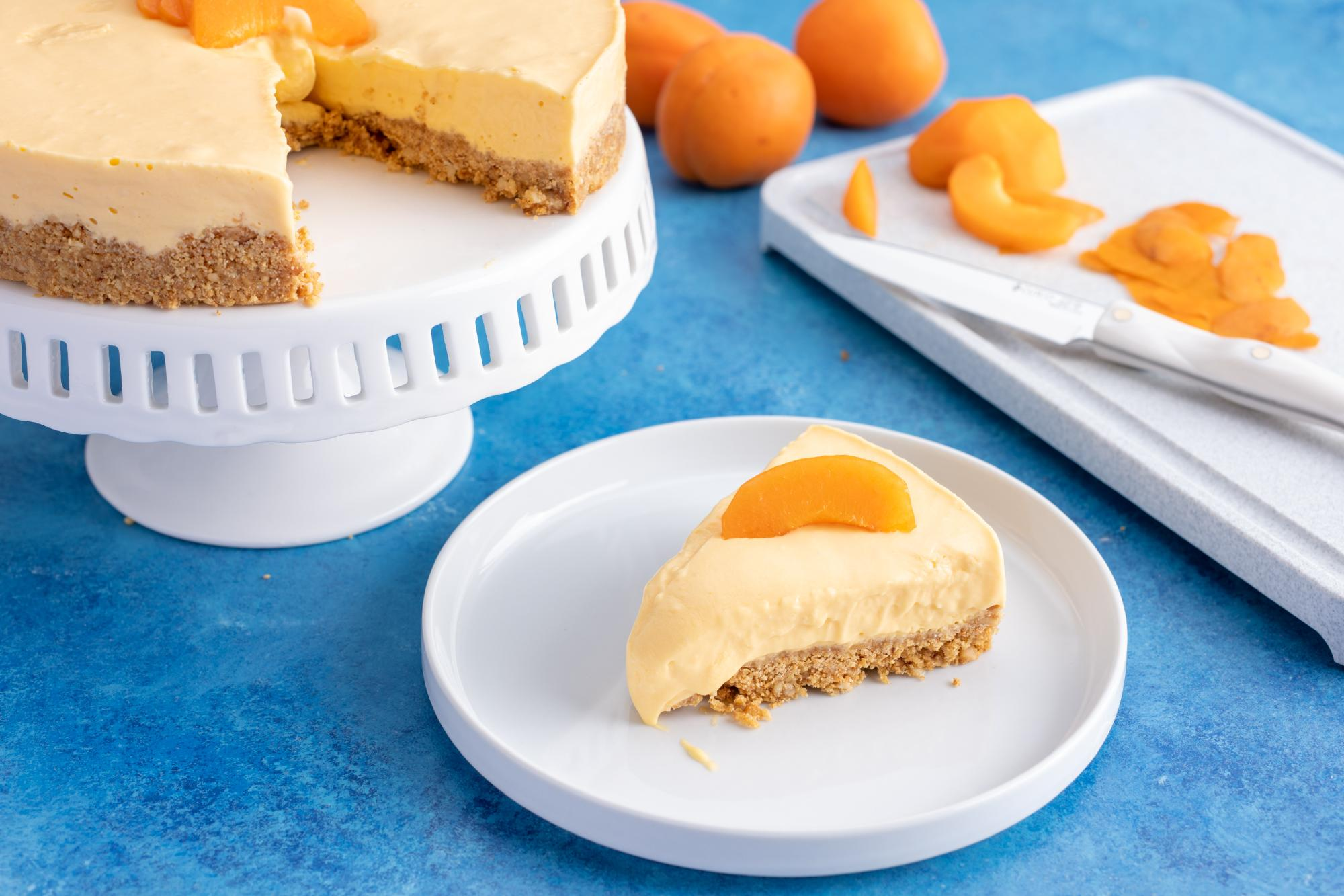 Easy No-Bake Apricot Cheese Tart
