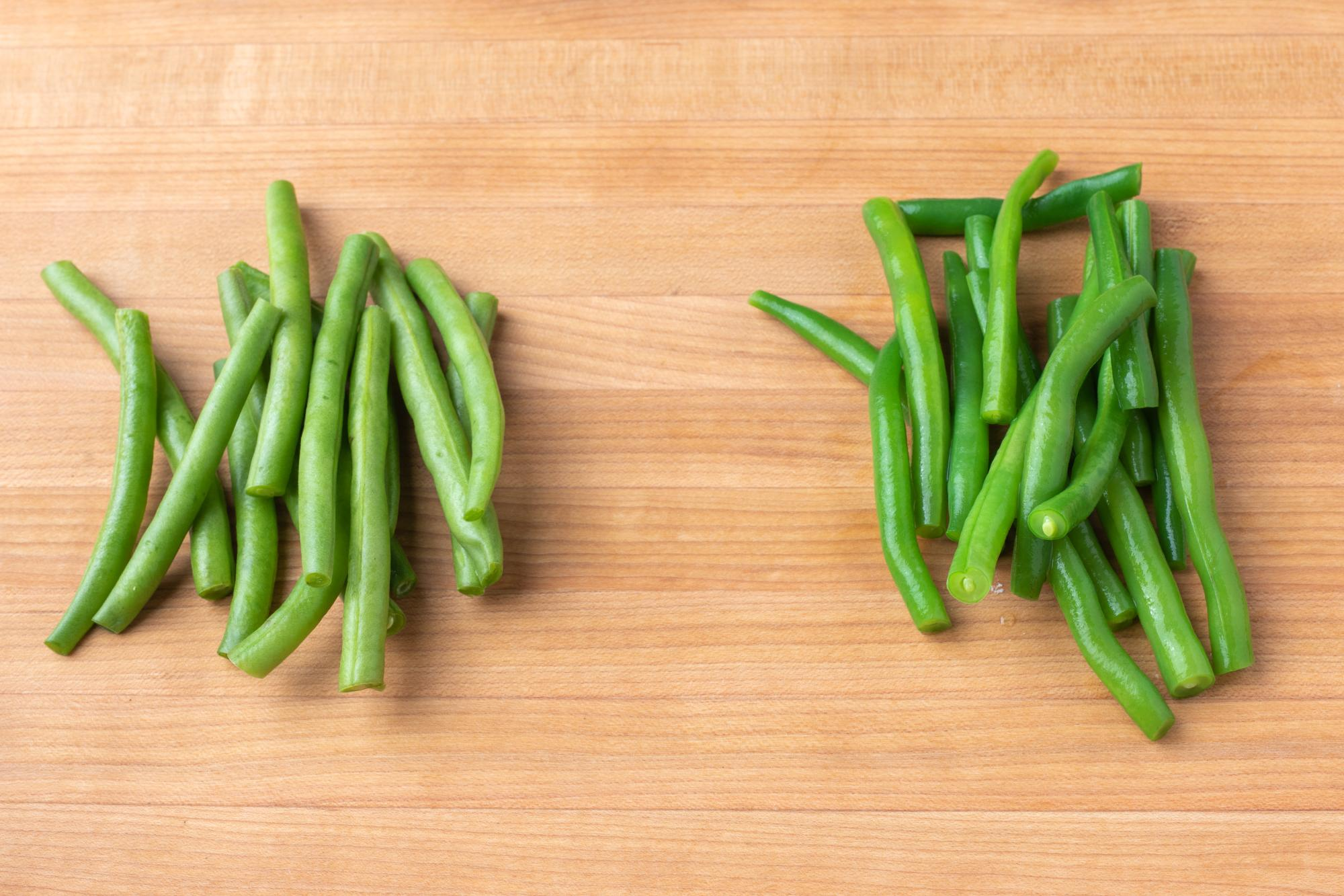 Unblanched vs. blanched green beans.