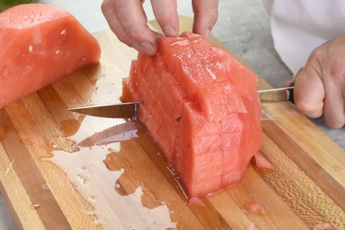 How to Easily Cut Watermelon into Cubes