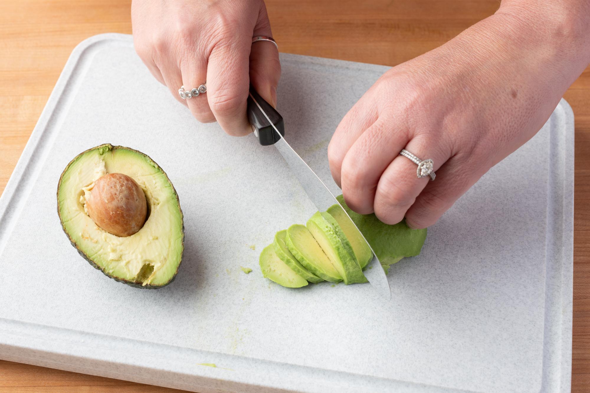 Slicing the avocado with a Spatula Spreader.