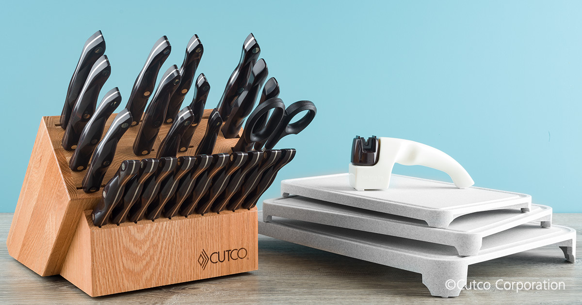 Santoku Style Signature Set With Steak Knives With Block