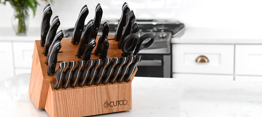 Signature Set with Steak Knives