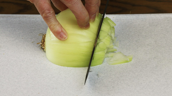 Dice onion