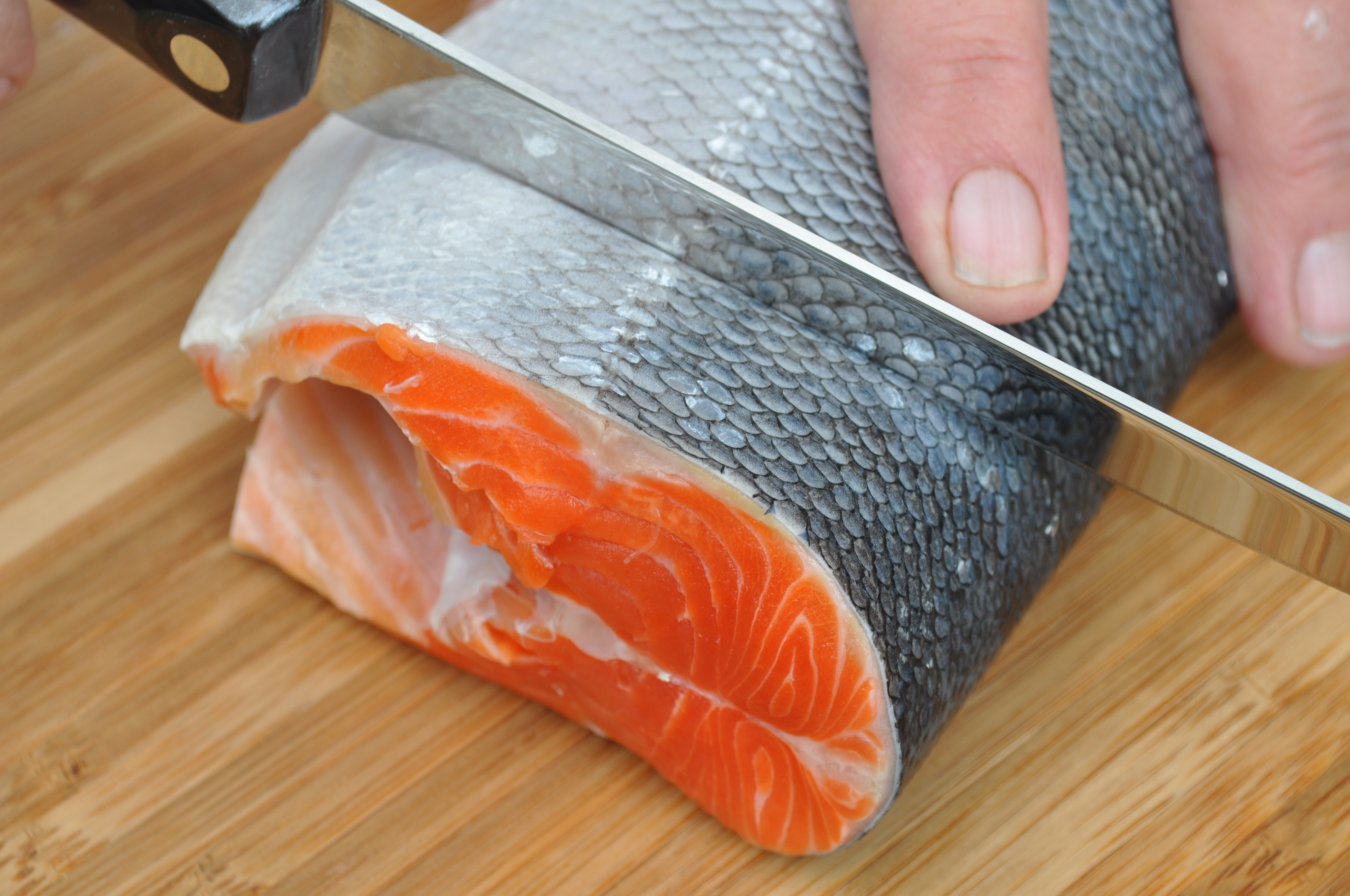 How to Prepare a Whole Salmon for the Grill